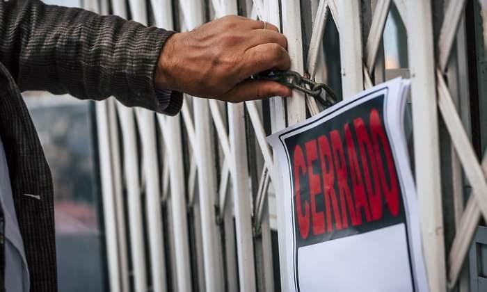 Economía prepara un 'cheque' para pymes y autónomos por cinco meses de sus ventas